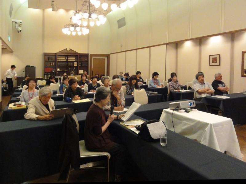 工芸部夏季講習会/佐藤紀子先生の講演/「色彩と構成について」